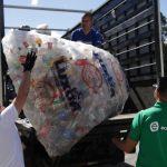 Costa Rica establece un nuevo título de Guinness World Records por su eficiencia en el reciclaje de botellas plásticas